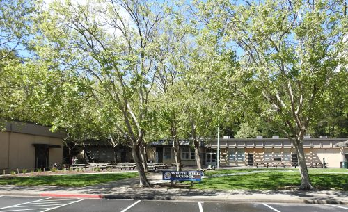 Image of the Ross Valley Charter School Front entrance from parking lot