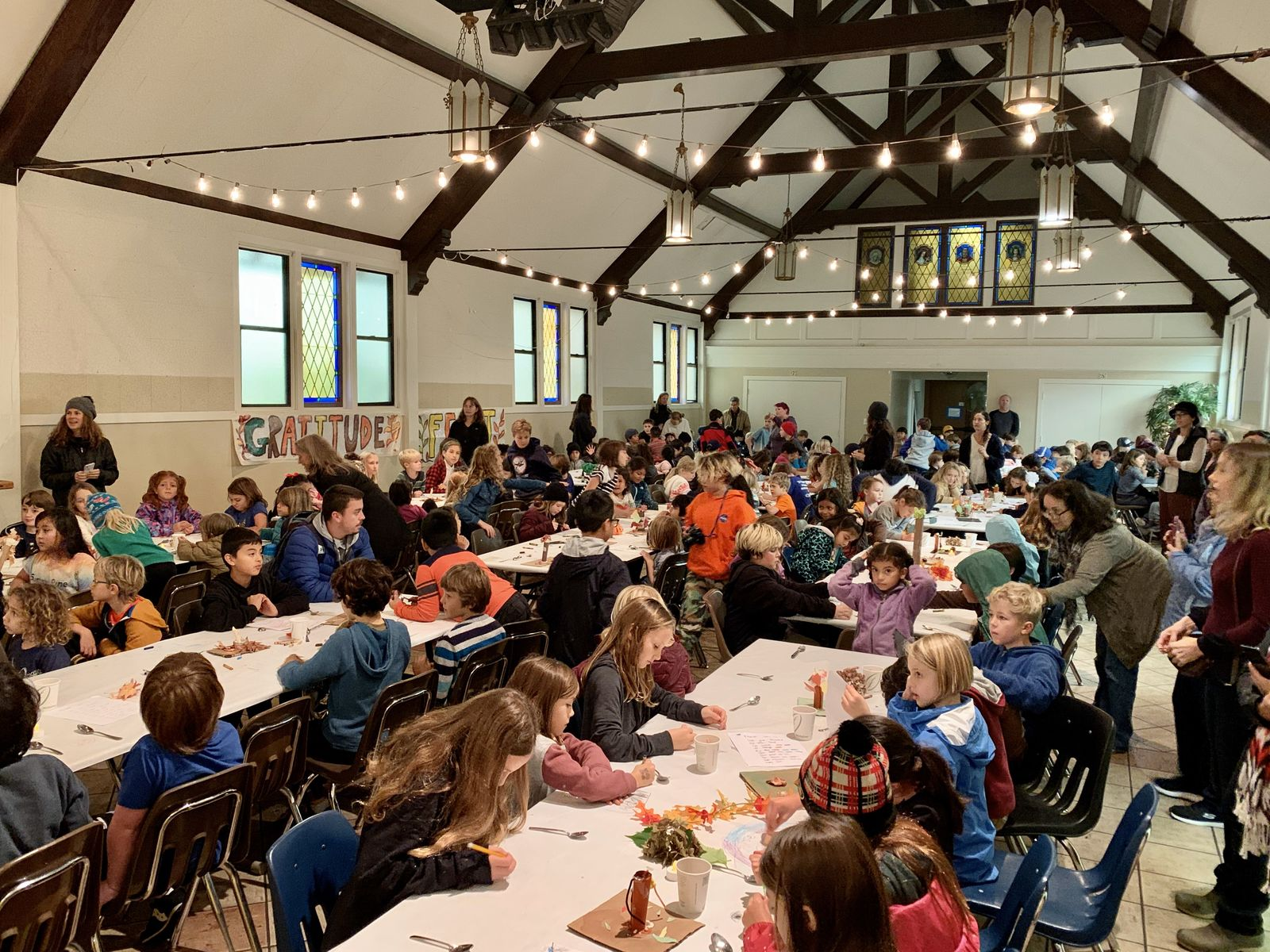 Image of the Grattitude Feast in the school Hall